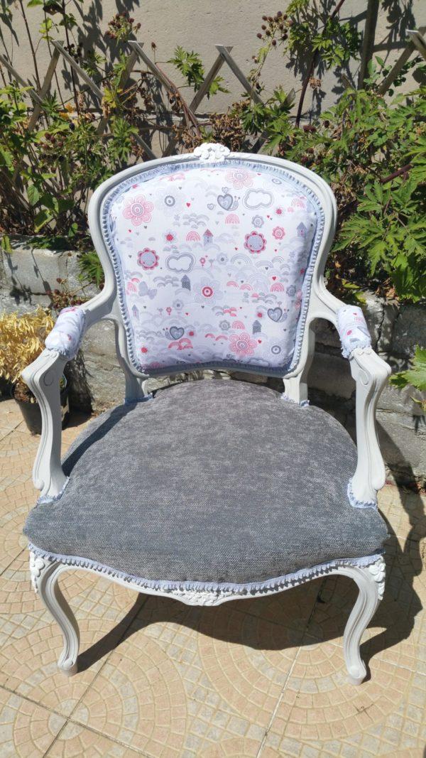 Bergère et fauteuil aux couleurs ensoleillés